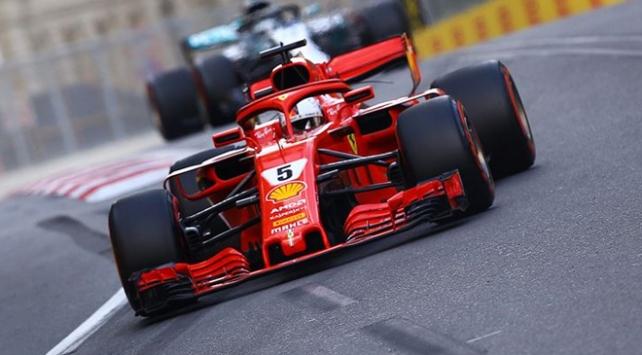 Formula 1de sezonun 15. yarışını Vettel kazandı
