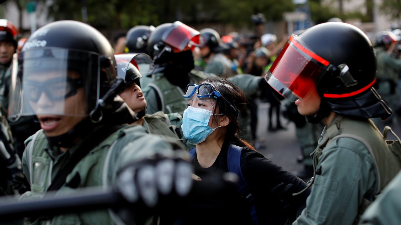 Hong Kongda protestolar sürüyor