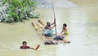 Hindistan'daki şiddetli yağışlar 18 can aldı