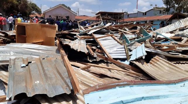 Kenyada okul dersliği çöktü: 7 ölü