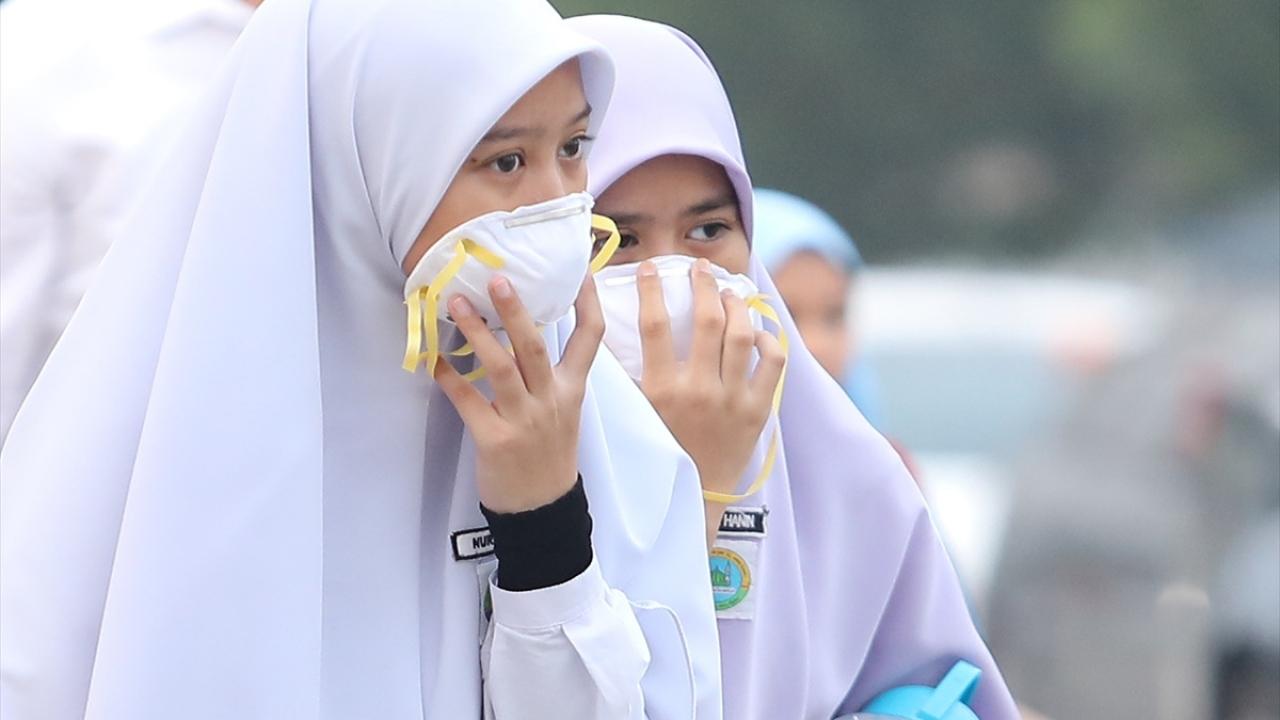 Malezyada hava kirliliğinden hastalananların sayısı yüzde 40 arttı