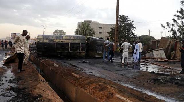 Malide akaryakıt tankeri patladı: 7 ölü, 46 yaralı