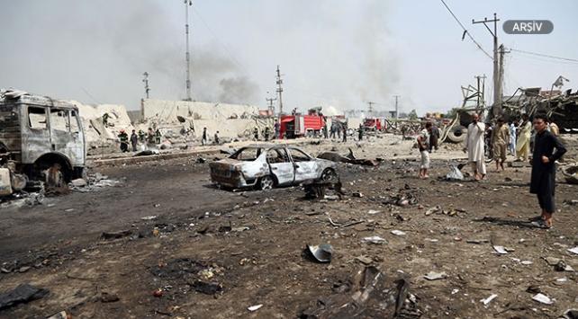 Afganistanda seçim bürosuna bombalı saldırı: 3 ölü
