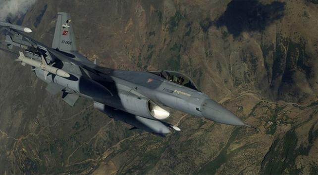 Türk F-16ları Fıratın doğusunda uçtu