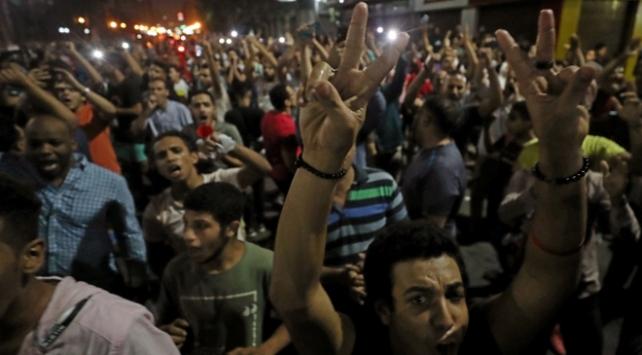 Mısırda geniş çaplı gözaltı operasyonu