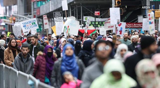 Hollandada Müslümanların yüzde 91i İslamofobik saldırıya maruz kaldı