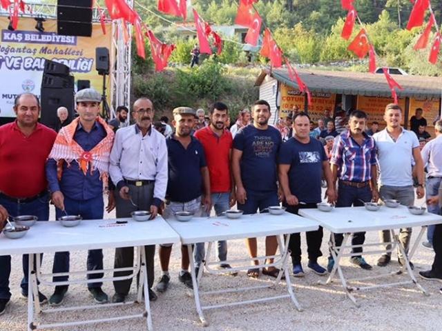 Antalya Kaşta Doğantaş Bal ve Hasat Şenliği yapıldı