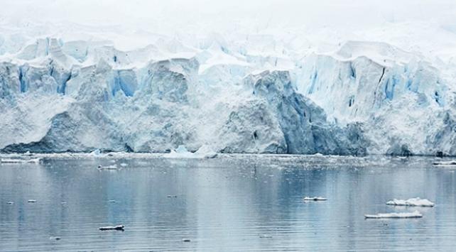 Antarktikadan 315 milyar tonluk buz dağı kütlesi koptu