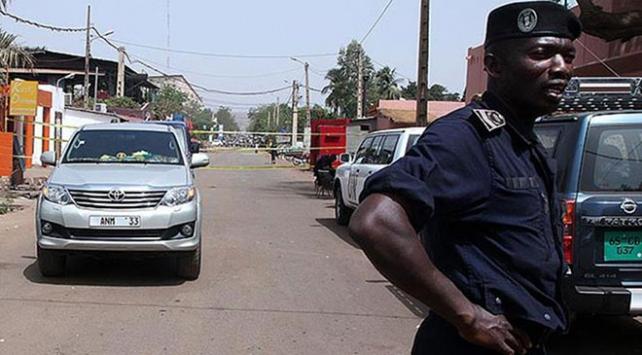 Malide ordu karargahına saldırı: 25 ölü