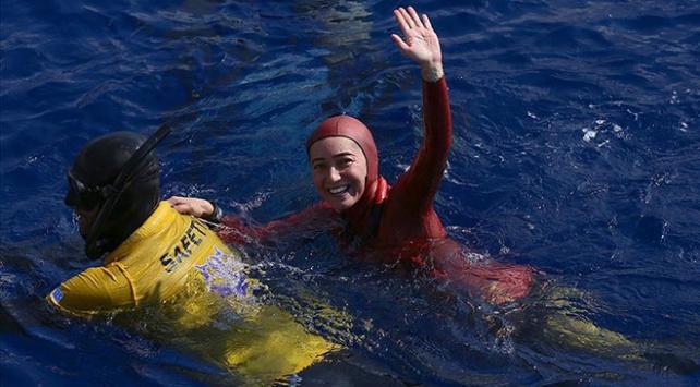 Milli sporcu Şahika Ercümenden altın madalya