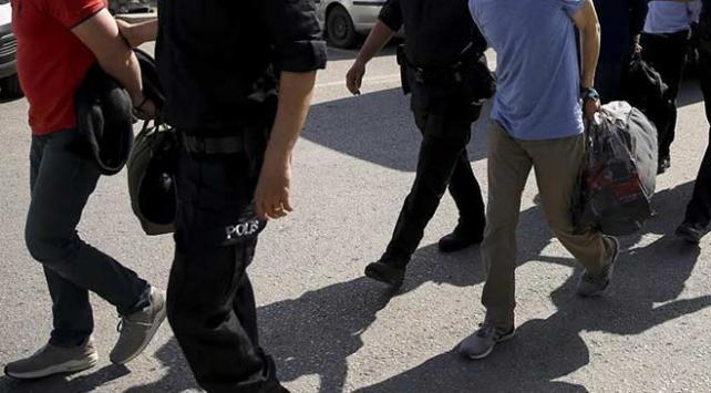 Suç örgütlerine silah temin eden çeteye operasyon: 30 gözaltı