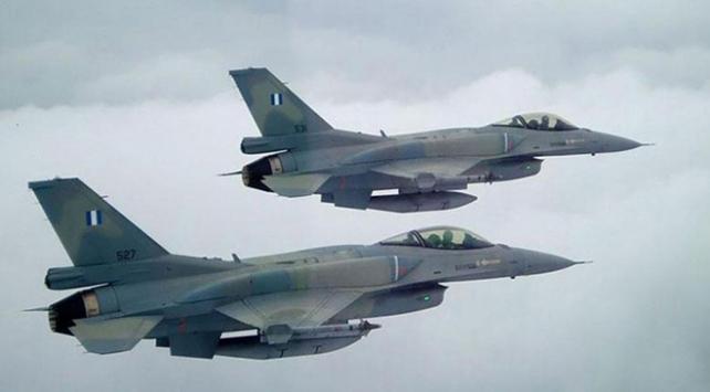 """""""Atina korktu, Yunan F-16lar uçmadı"""""""