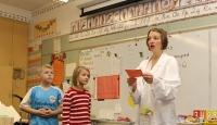 Avrupalı çocuklar kadın öğretmenlere emanet