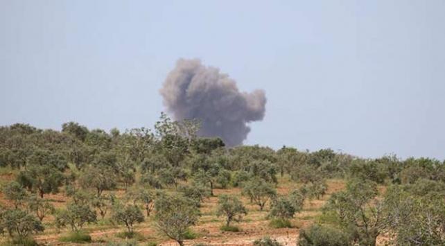 Esed rejiminin İdlibe saldırıları devam ediyor: 4 yaralı