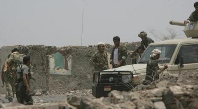 Yemenin Sokotra Adasına darbe girişimi önlendi
