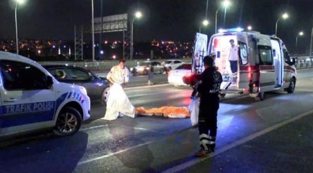 Haliç Köprüsünde otomobilin çarptığı yaya öldü