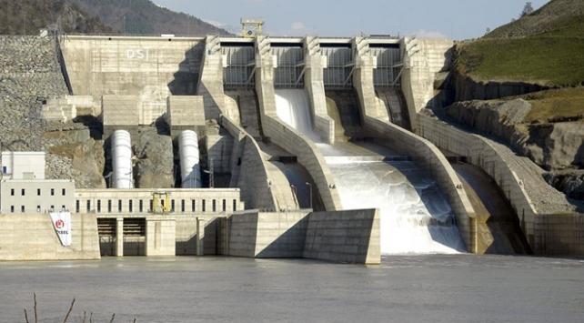 Çoruh Nehrindeki barajlardan ekonomiye 6,8 milyar liralık katkı