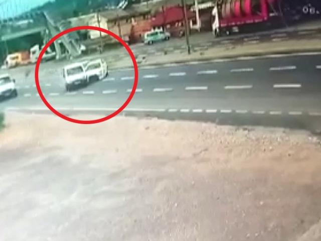 Sürücünün attığı makas kazaya neden oldu