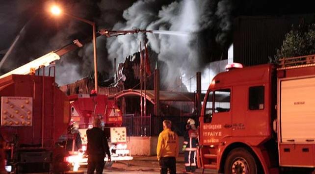 Ankarada iş yerinde yangın