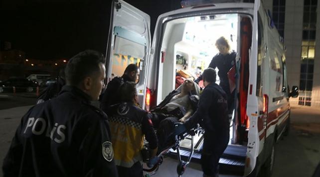 Köpeğin saldırısına uğrayan polis yaralandı