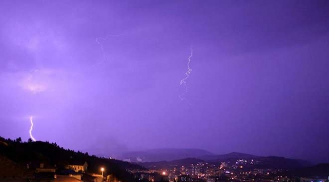 Orta Karadenizde şiddetli yağış uyarısı