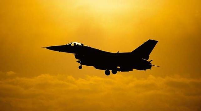 Almanyada ABD savaş uçağı düştü