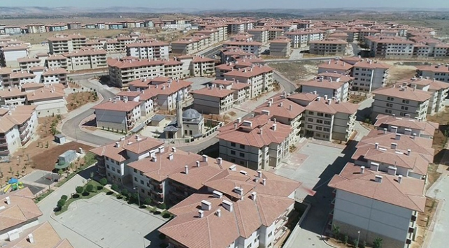 """""""Türkiyenin en büyük konut projesi""""nde anahtarlar teslim ediliyor"""