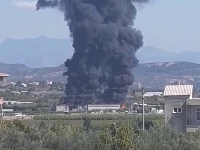 Antalyada fabrika yangını
