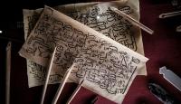 El yazması eserler tarihi medresede ziyaretçiyle buluşuyor