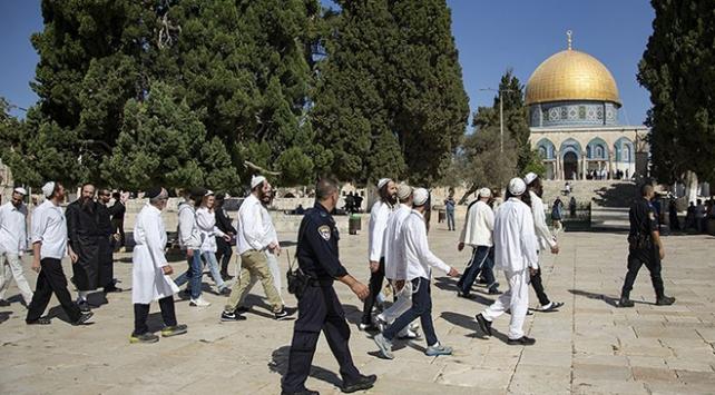 185 fanatik Yahudi Mescid-i Aksaya baskın düzenledi