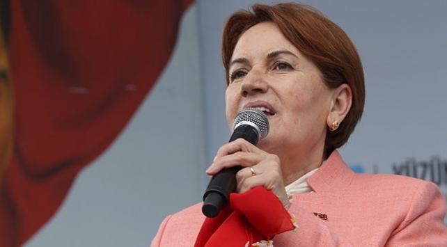 Meral Akşener: Allah Mehmetçiğimizin ayağını taşa değdirmesin