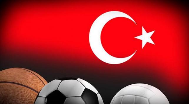 Spor camiasından Barış Pınarı Harekatına destek