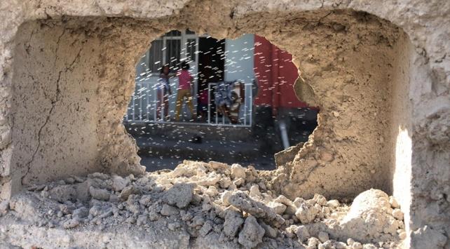 Terör örgütü YPG/PKKnın saldırısında çocuklar yaralandı
