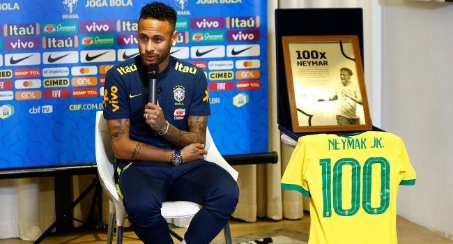 Neymar 100'ler kulübüne giriyor
