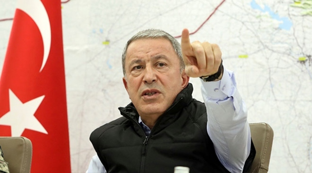 Bakan Akar: Mehmetçiğin morali çok yüksek