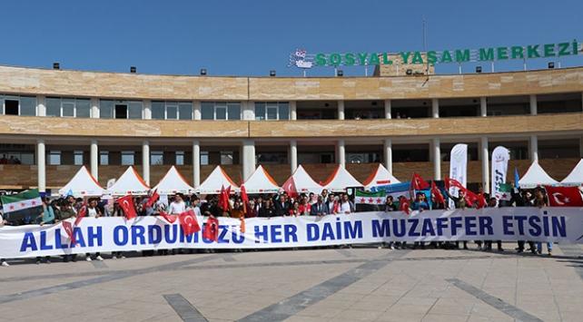 Suriyeli öğrencilerden Barış Pınarı Harekatına destek