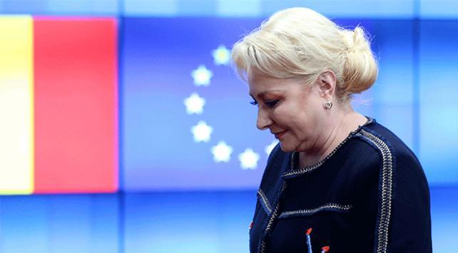 Romanyada hükümet düştü