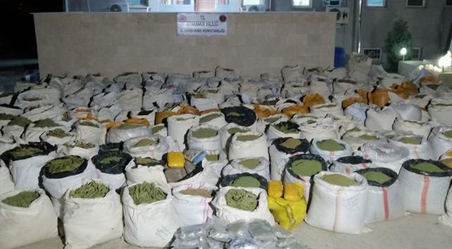 Diyarbakırda 5 ton 312 kilogram esrar ele geçirildi