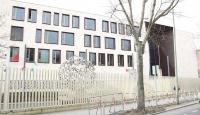 Türkiye'nin Berlin Büyükelçiliği'ne ait araç kundaklandı
