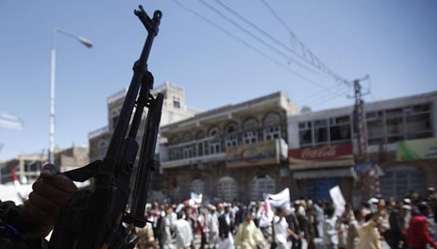 Yemendeki Husilerden hükümete esir takası teklifi