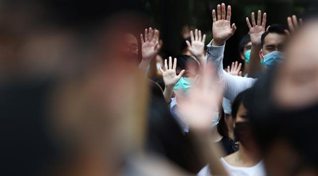 Hong Kongdaki protestolarda gözaltına alınanların üçte biri çocuk
