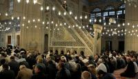 Cuma namazında Mehmetçik için dua edildi