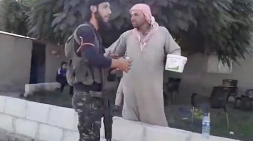 Resulayn'da halk, Suriye Milli Ordusu mensuplarını sevinçle karşıladı