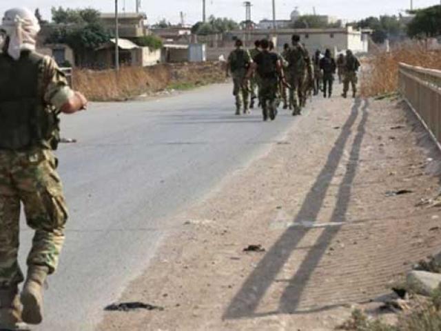 Suriye Milli Ordusu askerleri stratejik M4 kara yoluna ulaştı
