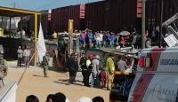 Meksika'da tren otobüse çarptı: 9 ölü