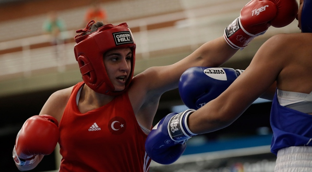 Kadınlar Dünya Boks Şampiyonasında Sürmeneli finale yükseldi