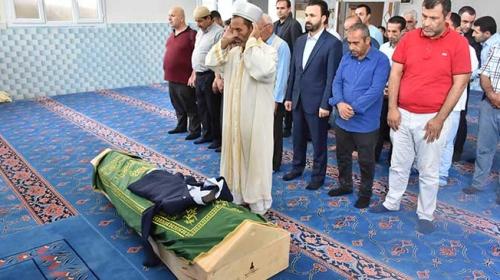 Terör saldırısında hayatını kaybeden TRT Kurdi çalışanının babası toprağa verildi