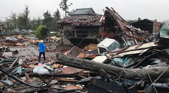 Japonyada son 60 yılın en şiddetli tayfunu yaşanıyor