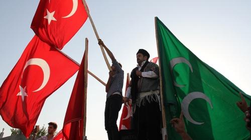 Tel Abyad'ın terörden kurtarılması, Akçakale'de sevinçle karşılandı