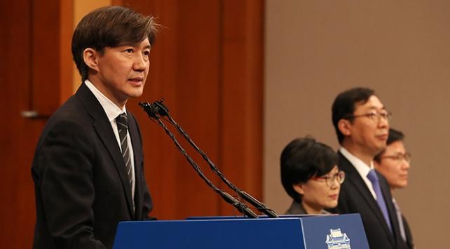 Güney Korede protestoların ardından Adalet Bakanı Cho istifa etti